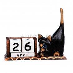 Календарь настольный Кошка  l=21 см. (дерево)