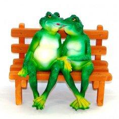 Садовая фигура Лягушки на скамейке h=30 см. (полистоун)