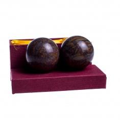 Шары каменные из коричневой яшмы