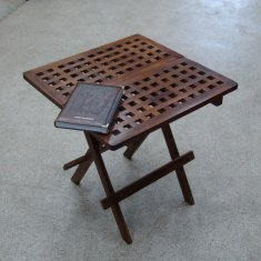 Стол складной 50 см. (дерево тик)